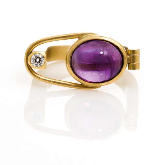 Ring-With-An-Amethyst