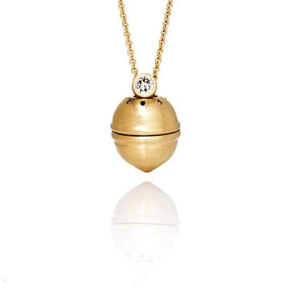 pomander-gold