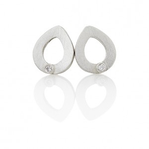 petal-open-silver-earrings